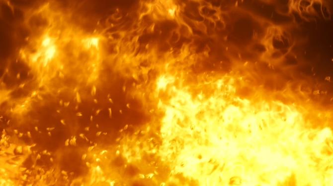 烈火熊熊燃烧的视频素材