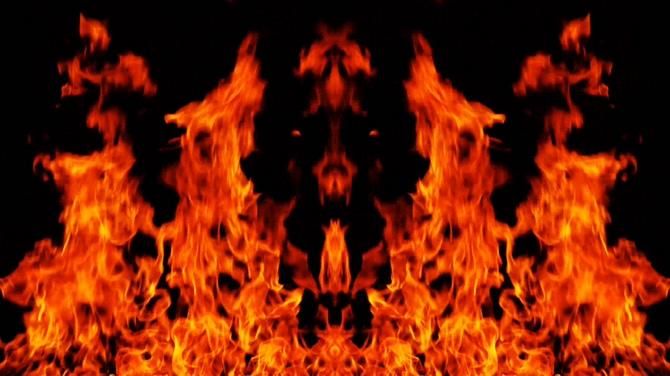 红色火焰激情燃烧的视频素材