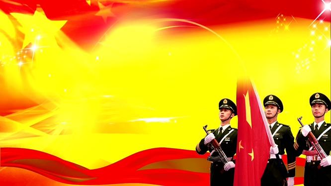 庄严的旗手升国旗的视频素材