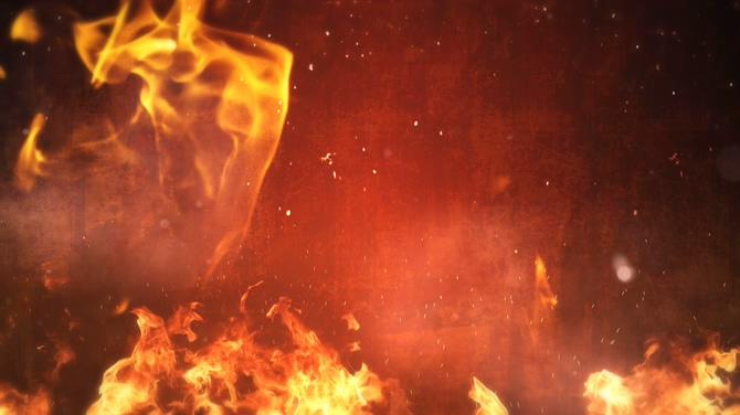 黄色火焰粒子落下的视频素材