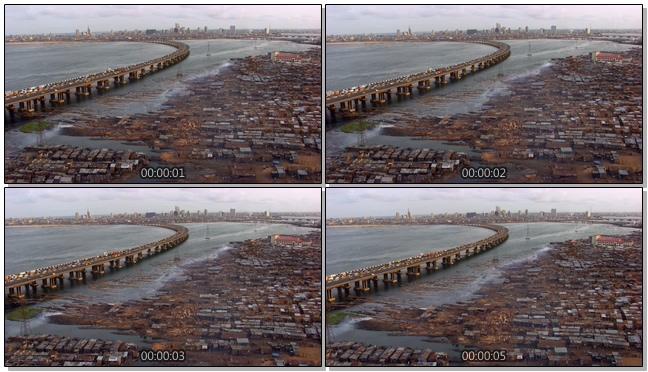 航拍跨江大桥上的汽车行驶实拍视频