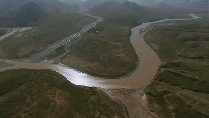 航拍黄河流动的实拍视频