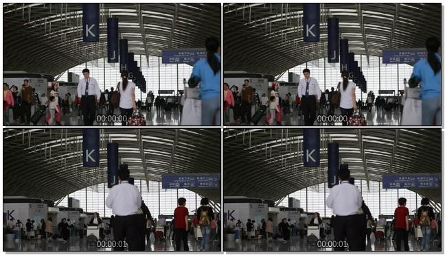 高铁站内人流拥挤的实拍视频