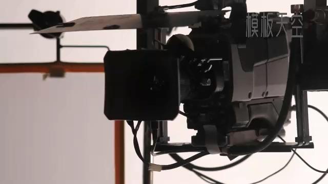 摄像机镜头聚光灯对准视频片头模板