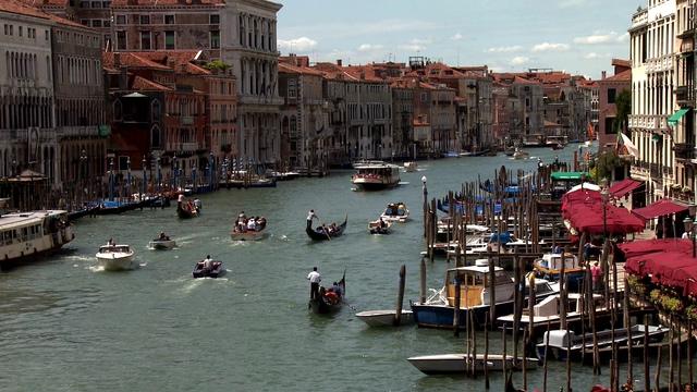 唯美梦幻的威尼斯水上商城实拍视频