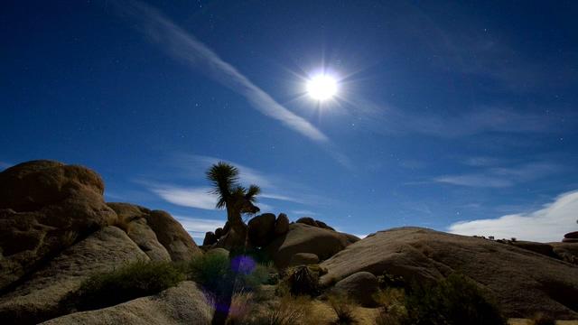 沙漠记录太阳移动的实拍视频
